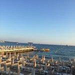 La plage du Carlton Cannes???? http://t.co/wjV5sYOL3B