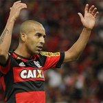 Emerson Sheik marca o 13º gol em 34 partidas pelo Flamengo. Dos 13 gols, 6 no Maracanã. http://t.co/DL4HYQ3kdc