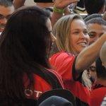 Ronda Rousey vai ao Maracanã para Flamengo x Santos e é aplaudida pela torcida http://t.co/7SMUBuDex7 http://t.co/4uWiuN4Iw9