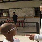 Ricardo Oliveira prometeu gol no Maracanã para Bryan, que sofre de leucemia desde os 4 anos! http://t.co/usayxehn8Z