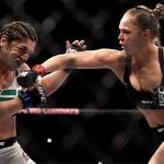 Luta contra Bethe Correia rendeu a Ronda Rousey R$ 5.000 por segundo. Além de faturar a melhor performance da noite. http://t.co/dkTqT25vSA