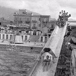 1945-Bagni Virzì a #Palermo.nonostante la guerra alle spalle si pensava alla rinascita..parola sconosciuta nel 2015. http://t.co/ntBOx1Le37