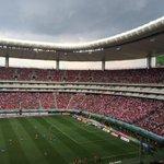 En la tribuna no existen otros colores ????⚪️ ¡Vamos rojiblancos, hoy te vengo a ver! ???? http://t.co/MEZMdNKpqK