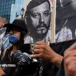 #RubénEspinosa y las cuatro mujeres asesinadas con él recibieron cada uno un tiro de gracia http://t.co/bFT9iRK9Hp http://t.co/BBwm3d3Mz7