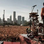 øur view. |-/ @lollapalooza http://t.co/ZxSin4UwO6