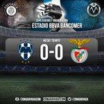 MEDIO TIEMPO @esferica1863 | @Rayados y @SL_Benfica no se hacen daño #RayadosEnVivo http://t.co/dErdhMTAZz