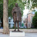 Statue of #MahatmaGandhi #parliamentSquare #London,#Victoria Palace,#BuckinghamPalace,#paddington © @GeorgeMorina #GM http://t.co/HpnQwFfhWF