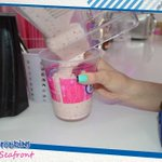 Dont you hate it when your making a milkshake and all the boys show up in the yard #Milkshakes #IceCream #Southend http://t.co/kuf8BH4QNn