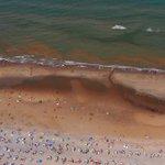 """""""@telegraaf: Ga niet de zee in! Rode alg bedreigt de Noordzeekust http://t.co/FZX5jR36WM http://t.co/iUtd5JZtvC"""""""