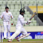 Mushfiqur Rahim is awarded Player of the Match and Dale Steyn is the Player of the Series. #BANvSA http://t.co/6voPuk7cBH
