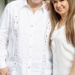 Hoy cumple años la compañera de mi vida mi esposa, Marcela muchas FELICIDADES ! http://t.co/5acf2hKjjm