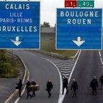 Transporteurs verliezen miljoen per dag http://t.co/G9CmGP5AOj #Calais http://t.co/m8TwWUSv0E
