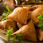 We discovered the best samosas across India – Heres our list from #Delhi to #Mumbai. http://t.co/E5T4cdnIZC http://t.co/5si5PjO2iV