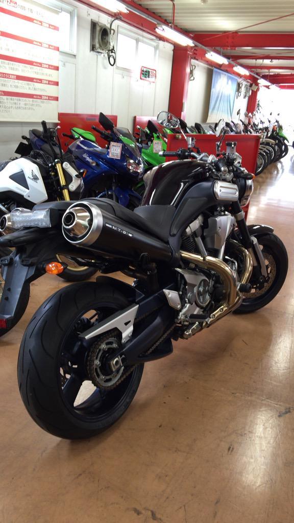 よろしく!MT-01カミングスーン  #バイクを紹介してRTをしてもらってフォロワーを増やそう #本日のバイク #本日のツーリング #朝練 #bike #kawasaki #Zephyr750 #yamaha #serow #mt01 http://t.co/UDHSP9X5jB