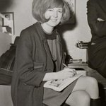 Fascinating photographs of Cilla Blacks 1964 performance in Lincolnshire http://t.co/RnAKC1GcHR http://t.co/l9Mj6EZdD8