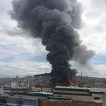 Impresionante incendio en Vigo rai nau. http://t.co/ndrKglFrbl