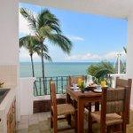 gicelaulloa: RT EmperadorHotelS: ¿Te gustaría desayunar en una habitación con vista al mar? #EmperadorHotel #Puert… http://t.co/UebSgHoBdY