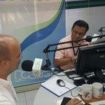 Hablando a esta hora en @RCNbucaramanga . @NelsonCipagauta me pregunta por los resultados de  encuesta @LAFmNoticias http://t.co/EvzCVobFXh