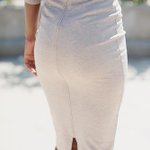 Its all in the details, this curve-loving pencil skirt features a back slit. http://t.co/POkYTYckGH