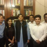 With 5 Indian students heading2the Fletcher School of Law&Diplomacy, my alma mater. In my year I was the only Indian! http://t.co/OWj0pSgozh