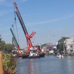 Ongeval Julianabrug Alphen. Fotos voor en na, via @edwincornet. http://t.co/Bi83AFKfuD