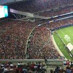 Thiago Silva reckons PSG bigger than MU. Like Blackpool tower is bigger than Eiffel. 80% wore red in Chicago last wk http://t.co/AxB4PIjfaz