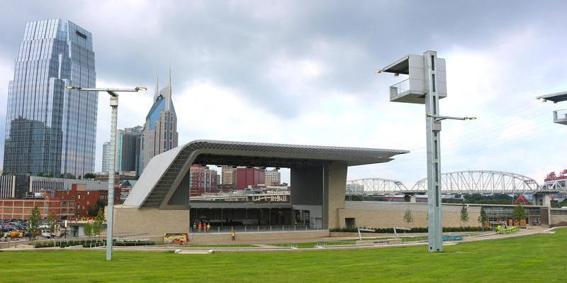 Nashville refuses to let guns in Ascend Amphitheater, despite top lawyer's legal opinion: http://t.co/84r07TX10n http://t.co/89PyLXT1Qp