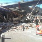 De ravage bij de #Julianabrug van dichtbij. http://t.co/rA0pVkVsYr http://t.co/wZBPReJ8cc