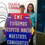 Con mi querido Rafael camino CNE;cada día recoge en su papagayo todo el drama,la fuerza y el amor d los venezolanos http://t.co/SwnxGQgIjI