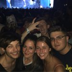 Louis at Lollapalooza the other day in Chicago (via @ughclifford) http://t.co/jRaE7jdcGz
