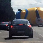 Giant 40ft Minion causes chaos on streets of Dublin...and Twitter goes crazy #minions http://t.co/ntq2lOe1iA http://t.co/LNJWLAItaO