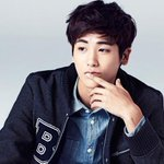 Hyungsik talks about his dating experiences... or lack thereof http://t.co/HFmI7CcE5g http://t.co/J3r4SIDft1