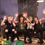 RAISE YOUR HAND IF UR FREAKING OUT BECAUSE THE SKH VIDEO IS OUT IN 23 MINUTES BC SAME #SHESKINDAHOTMUSICVIDEO http://t.co/Eja5JkmZGR