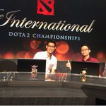 A visitor at the Analyst desk #TI5 http://t.co/y5dQ6VR2a6