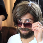 Cristiano Ronaldo takes to the streets of Madrid in disguise and its brilliant! http://t.co/3aq4b4Iha2 http://t.co/UTFtQLV6hS