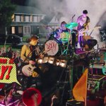 The kings and queens of the new broken scene ???????? #SHESKINDAHOTMUSICVIDEO http://t.co/HHJY7zUWi0
