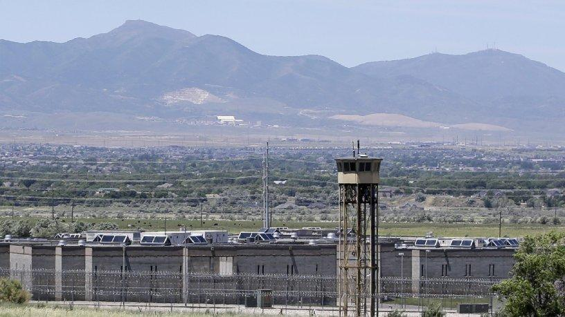 RT @latimes: Utah inmates continue days-long hunger strike, seeking better conditions for violent inmates http://t.co/oWpm8FUgdP http://t.c…