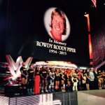 A tribute befitting a legend. #ThankYouRoddy #RAW http://t.co/cTug6Dic14