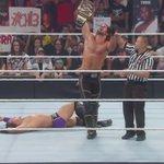 Still your World Hvt. Champion: @WWERollins defeats @WWENeville! #RAW http://t.co/8wYFxCwKLH