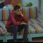 -Yo esperando que me hable al whatsapp http://t.co/3dLIvVJsYU
