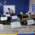#NoAlParo, la #RevoluciónCiudadana trabaja por la @Educacion_Ec de sus ciudadanos. @MashiRafael @marcelaguinaga http://t.co/MYIpUSpaQA