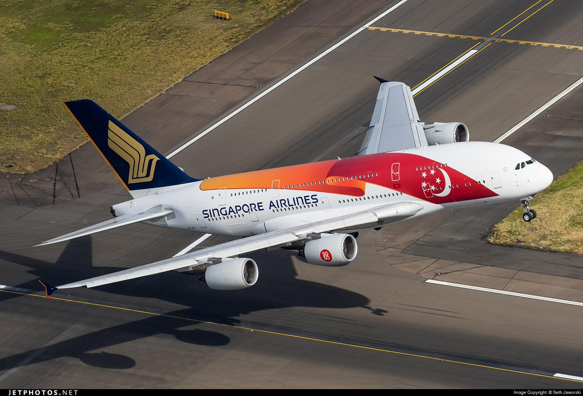 Singapore airlines a380 in the new sg50 special livery for Singapore airlines sito italiano
