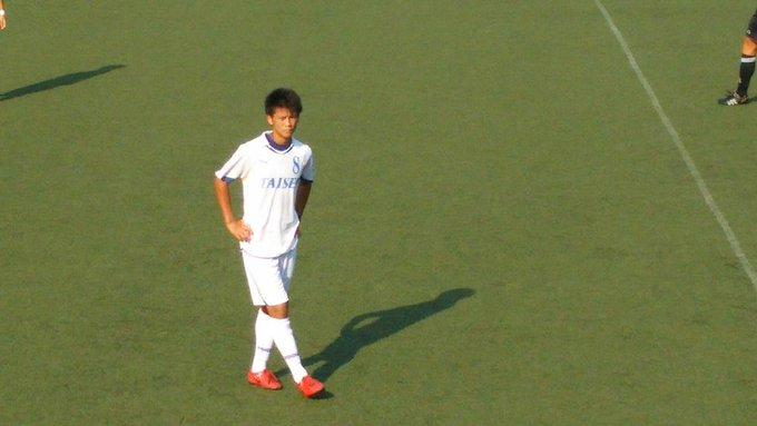 高校サッカー東京都 T2リーグ 試合終了 トリプレッタユース2-0大成高  大成高校の8番も動きが目立った。今日はトリプレッタに完敗だったが、いい動きも多かった。やはり秋の選手権予選に向けて着々と準備が進んでいるんだろう。 http://t.co/5EyjX8mYiY