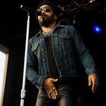 Awkward! Lenny Kravitz rocks his pants off on stage in #Sweden. Literally. http://t.co/SOM1j67jcq #music #stockholm http://t.co/PhgVrrHe8O