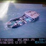 صور علوية أثناء جنوح العبارة والتي كانت في طريقها إلى جزيرة مصيرة. http://t.co/UPAYvu1Gpf