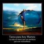 @natadelleida1 Buenos Días Neus #FelizMartes Besos ???? http://t.co/VeJMbDFr1X