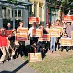 In #yyj, @MurrayRankin is ready to help bring change to Ottawa. Join the #orangewave! http://t.co/sGLLU6uJk5 #elxn42 http://t.co/jmIA2evXoh