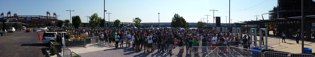 Fans ready to see their @Eagles #phillysports #sports @NFL #panorama #EaglesCamp #eaglesnbc10 @NBCPhiladelphia http://t.co/Ba1oe4uV2k