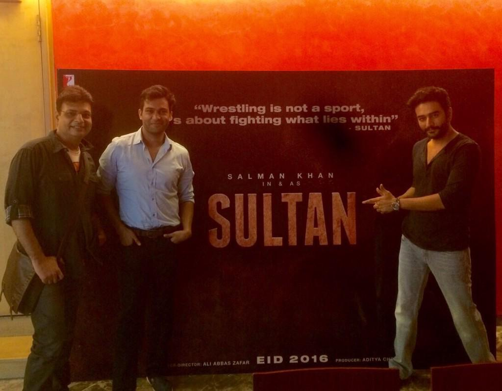 With the super talented director @aliabbaszafar and our favourite lyricist @Irshad_Kamil Team #Sultan @VishalDadlani http://t.co/FHpGtyyv7h