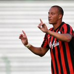 Bobby Zamora says he chose to return to Brighton over joining a club in the Champions League. http://t.co/DRc00NH2UL http://t.co/SEvGNEQSyV